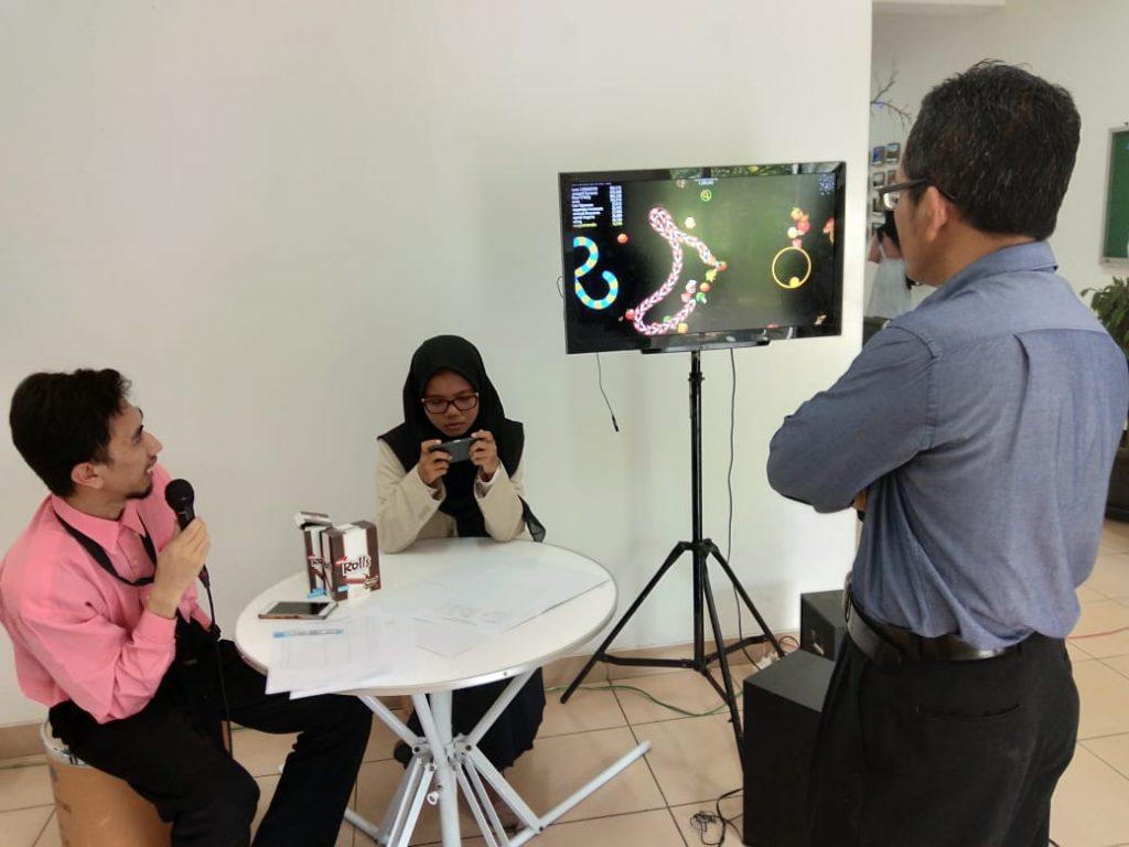 Zona cacing di Gelar Karya AMIKOM Surakarta 2020